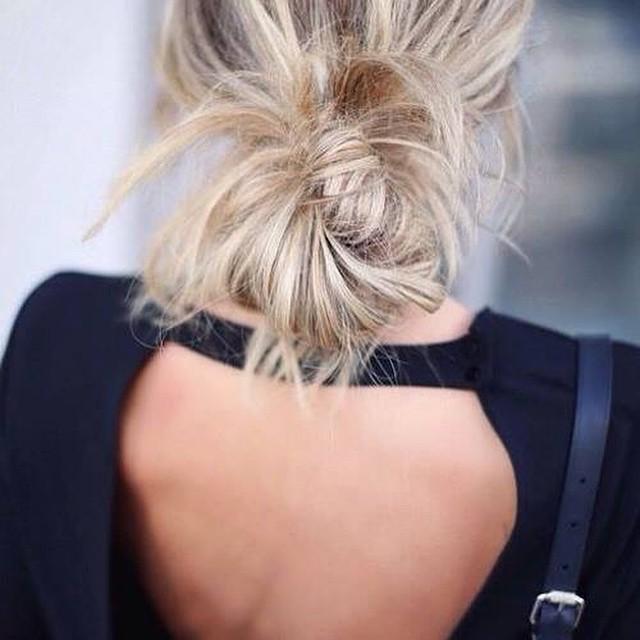 I'm bringing sexy back! Meer van dit soort mooie tops vandaag op de blog! #followfashion #outfit #inspiration #top #fashion