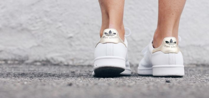 white-sneakers-trend