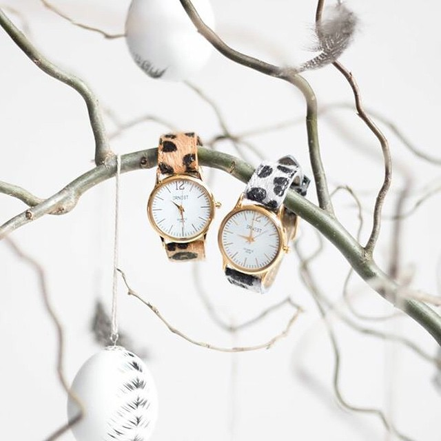 Vrolijk Pasen! Vandaag hebben we een hele leuke Paasactie: we geven onze bestseller horloges GRATIS weg! Check alle info op de site #followfashion #linkinbio #easter #leopard #watch
