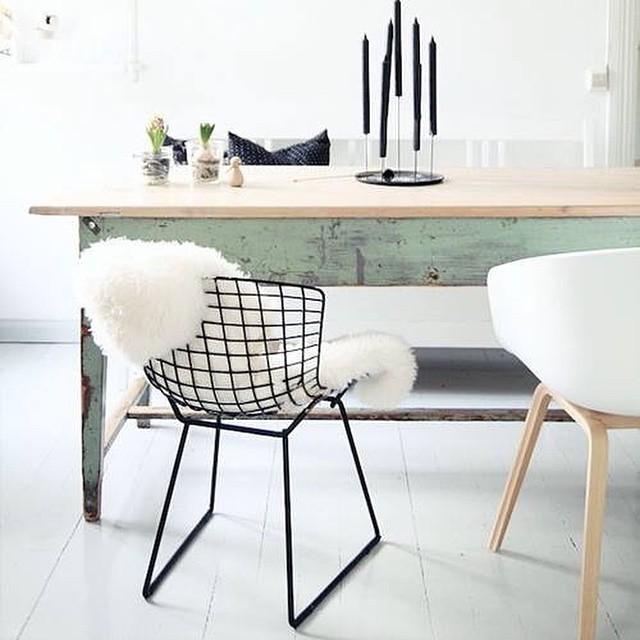 Het is weer tijd voor interieur inspiratie op de blog! Marlotte ging op zoek naar de mooiste schapenvachtjes in huis! #followfashion #interior #interiordesign #photooftheday #inspiration