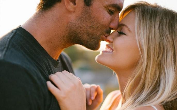 hoe zorg je ervoor dat iemand je leuk vindt
