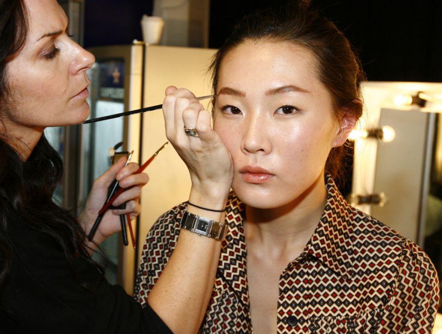 make-up-tips-brunette-header