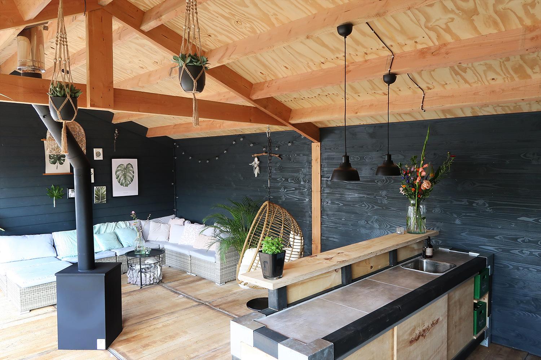 veranda interieur simple de veranda hebben we laten bouwen door van der vinne houtbouw en de. Black Bedroom Furniture Sets. Home Design Ideas