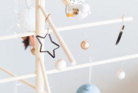 DIY minimalistische houten kerstboom maken