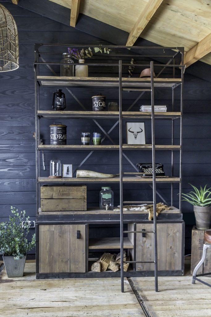 metalen meubels