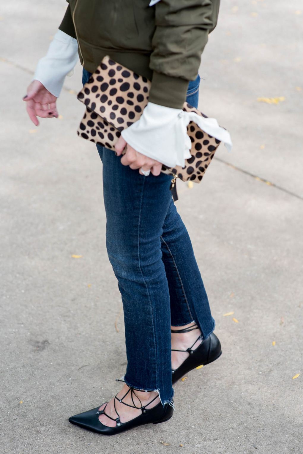 DIY uneven hem jeans look